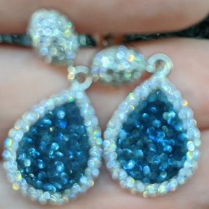 Jewelry - Beautiful Blue Druzy and Crystal Earrings